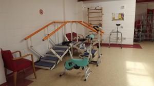 Panoramica rampa e spalliera per esercizi riabilitativi